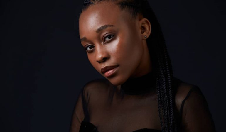 Getting To Know Didintle Khunou